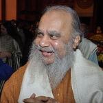 800px-Shuvaprasanna_Bhattacharya_4203