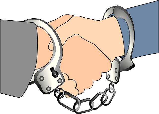handshake-36806_640