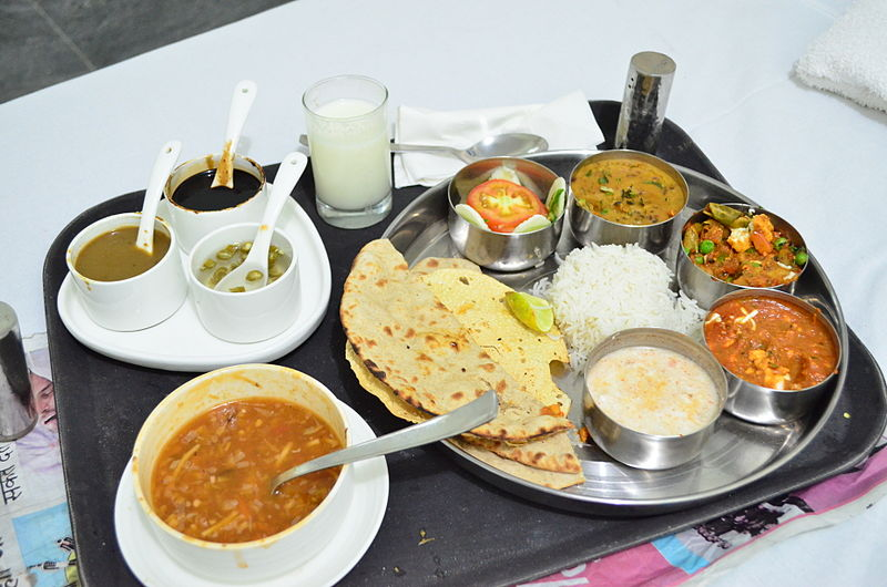 A_Tipical_Veg_North_Indian_Thali